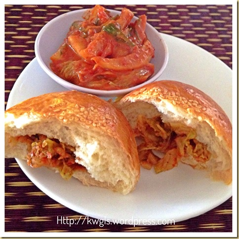 Two Types of Asian Soft Buns For Your Breakfast–Roast Pork Buns and Kimchee Buns 50