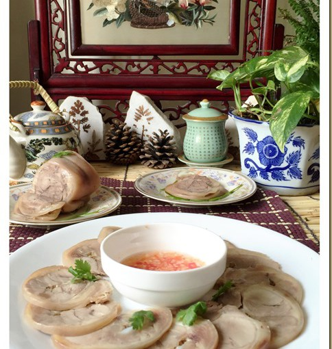 Chinese Rolled Meat Appetizer (水晶扎蹄) 28